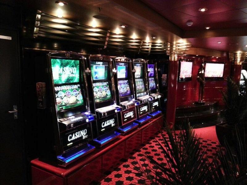Kreuzfahrt Casino an - 535127