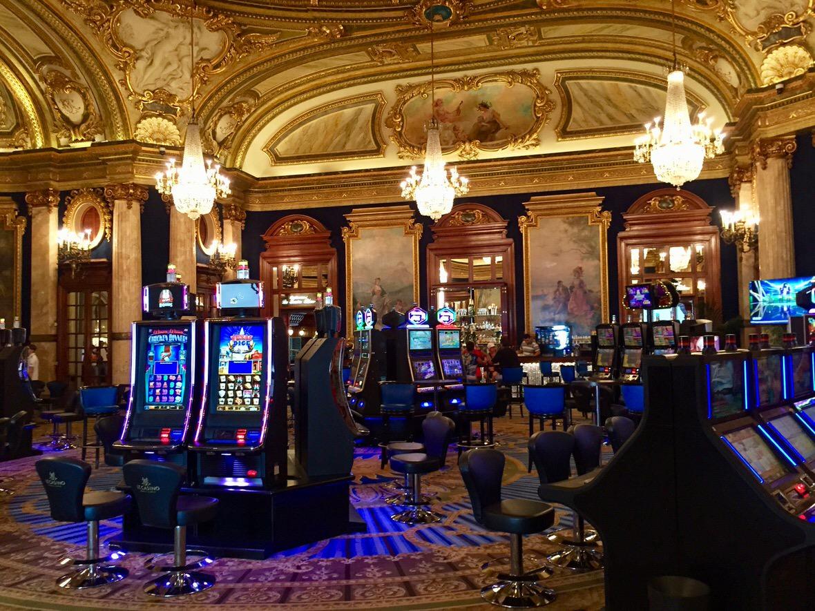 Casino Monte - 533102